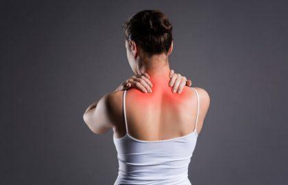 טיפול בכאבי גב עליון באמצעות מחטי דיקור