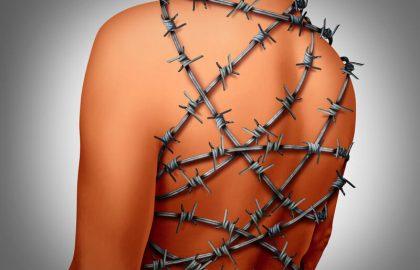 כאבי גב תחתון יכולים להיגרם ממגוון סיבות – חשוב לקרוא